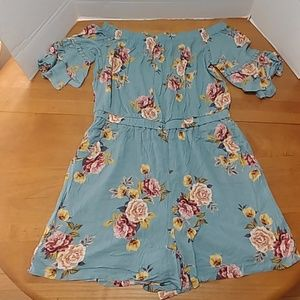 Xhilaration romper blue with roses large